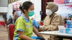 Unila-Polda Lampung Lakukan Vaksinasi Covid-19 Dosis Kedua