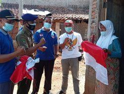 IARMI dan Front Pembela Indonesia Bagikan Bendera Merah Putih