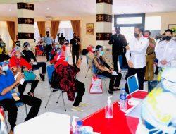 Presiden Jokowi Tinjau Vaksinasi di Poltekes Tanjungkarang dan SMA 2 Bandarlampung